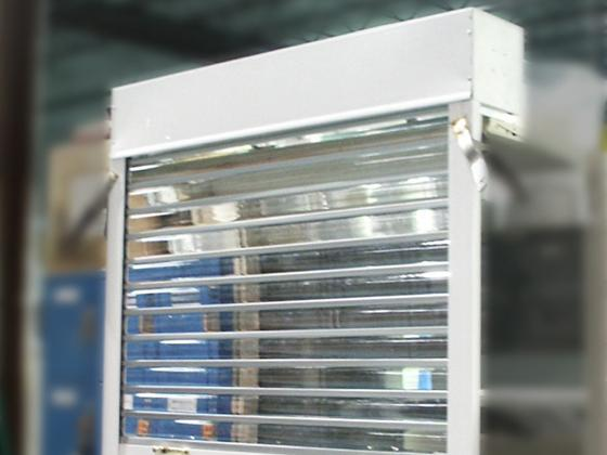 530 Series transparent lexan roll-up door