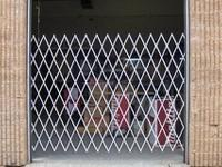 Folding Gate Industrial Bay Door Security